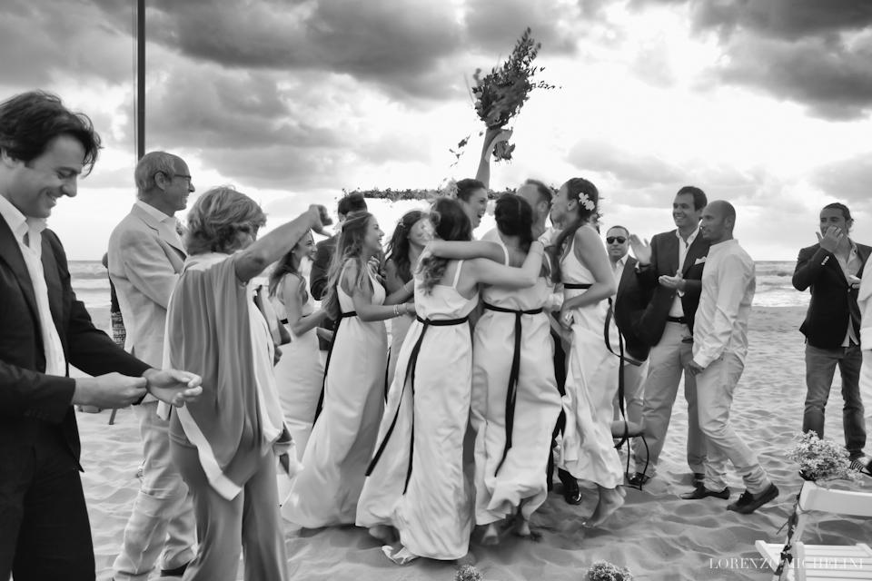 Fotografo matrimonio-Toscana-Fotografo matrimonio-spiaggia-mare-beach-wedding-photographer-Toscana-Viareggio-scattidamore-Scatti-d-Amore-wedding-photographer-Viareggio- scattidamore-Scatti-d-Amore-wedding-photographer14-