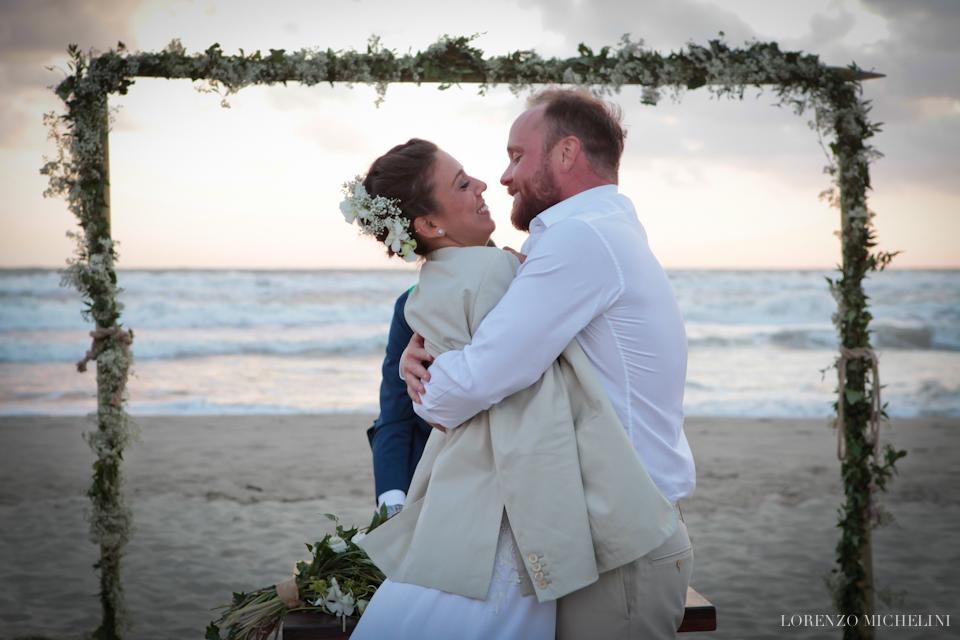 Fotografo matrimonio-Toscana-Fotografo matrimonio-spiaggia-mare-beach-wedding-photographer-Toscana-Viareggio-scattidamore-Scatti-d-Amore-wedding-photographer-Viareggio- scattidamore-Scatti-d-Amore-wedding-photographer15-