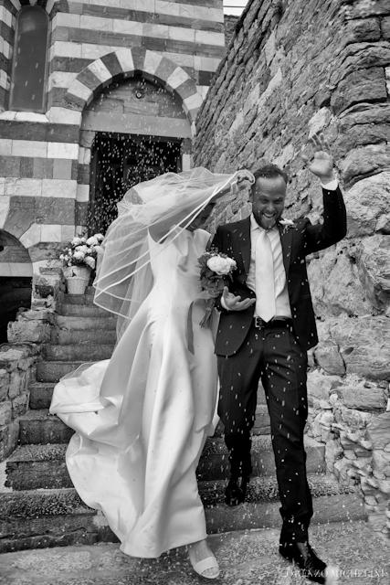 Fotografo matrimonio-matrimoniosulmare-mare-spiaggia-wedding-beach-scattidamore-Liguria-Porto Venere- scattidamore-Scatti-d-Amore-wedding-photographer44-